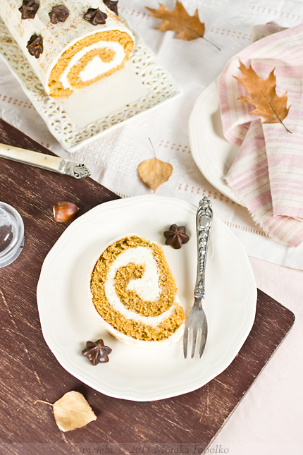 Pumpkin Roll by Sweet Sensation